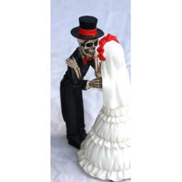 https://starbek-static.myshopblocks.com/images/tmp/mx_175_wedding_650b.jpg