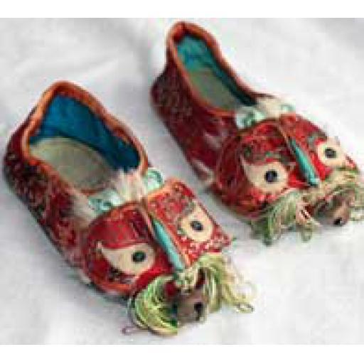 https://starbek-static.myshopblocks.com/images/tmp/ch_110_shoes_177.jpg