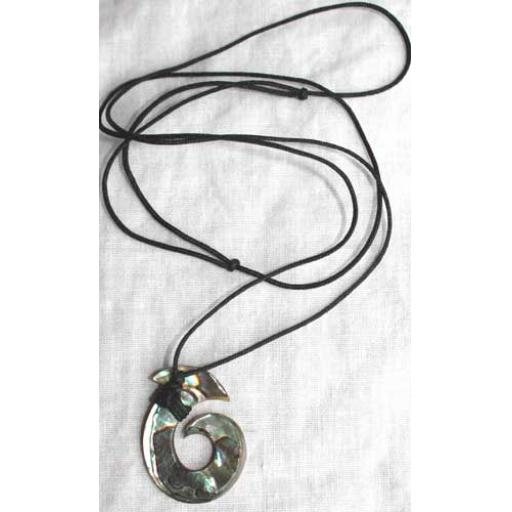 https://starbek-static.myshopblocks.com/images/tmp/nz_120_necklace500b.jpg