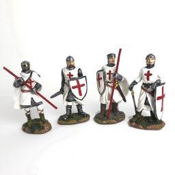 4 Knights.jpg